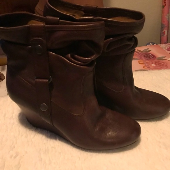 Kenneth Cole Wedge Boots